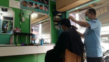 Banyak Pelaku UMKM di Babel Terkapar, Tukang Pangkas Rambut Ini Justru Bersyukur