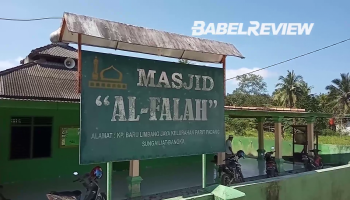 Begini Kondisi Masjid Al Falah yang Terancam Roboh Tergerus Aliran Sungai