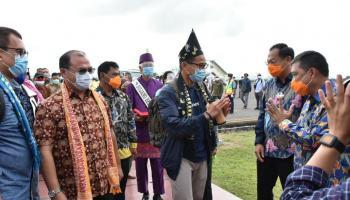 Berkunjung ke Belitung, Menteri Sandiaga Uno Langsung Jatuh Hati