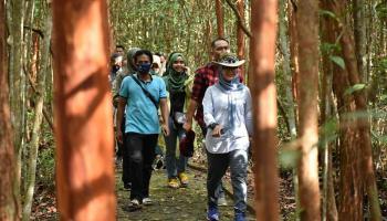 Bersama The Localenablers, Melati Erzaldi Eksplorasi Objek Wisata di Pulau Bangka
