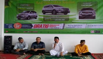Bertemakan 'Wuling Berkah Ramadan', Wuling Motors Cabang Bangka Gelar Buka Bersama Anak Panti Asuhan dan Customer