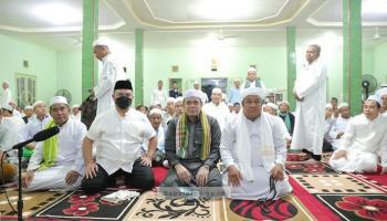 Bertujuan Syiarkan Islam, Gubernur Apresiasi Acara Idul Khotmi di Paya Benua
