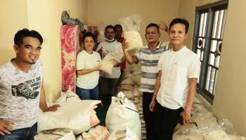 Borong Beras Rias 5 Ton Untuk Dibagi Ke Masyarakat, Yuk Rina Akui Kualitas Beras Rias Baik