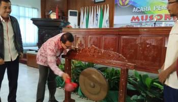 Buka Musorkab KONI Bangka, Syahbudin Harap Ketua KONI Terpilih Dapat Angkat Prestasi