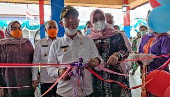 Bupati Bangka Resmikan Galeri Kampung Rafika Duri