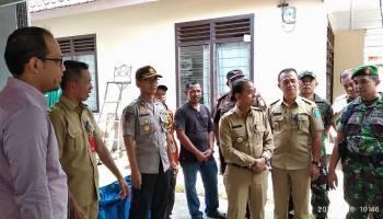 Bupati Bangka Tinjau TPS Jelang Pemilu Serentak