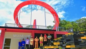 Bupati Basel Resmikan Monumen Gerhana Matahari Total di Pantai Tanjung Kerasak