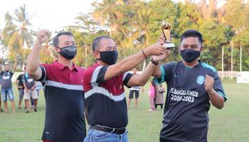 Bupati dan Wabup Bangka Tampil Ciamik Dalam Laga Amal yang Digelar Trefeo Alumni PS. Bangka