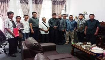 Bupati tidak Ada, Warga Maras Senang Ngadu ke DPRD Bangka