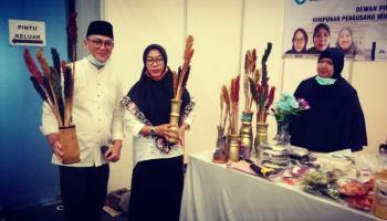 Cawabup Bateng Herry Erfian Ngubrol Asyik Bersama UMKM di Babel Fair 2020