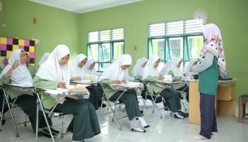 Cegah Penyebaran Covid-19, TINS Swab Pelajar di SMAN 1 Pemali Bangka