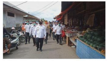 Cek Dampak Covid-19, Gubernur Erzaldi Tinjau Langsung Pasar Belitung