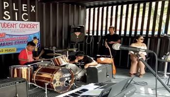 Cerdas Bersama Musik