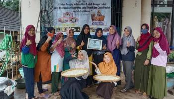 Ciptakan Generasi Cinta Produk Lokal, Sanggar Arzila Kemuja Gelar Workshop Pembuatan Beras Aruk