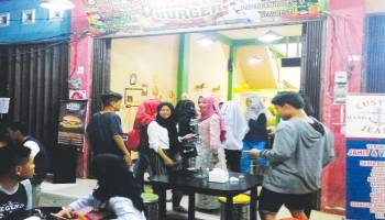 Clinic Burger Tempat Tongkrongan Baru Harga Bersahabat
