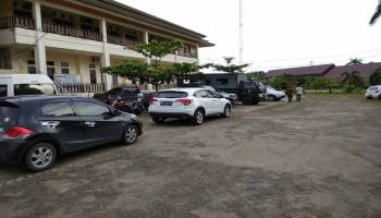 Dapat Kabar Dua PC Raib Dari Kantor Sat Pol PP, Gubernur Langsung Telpon Yamoha