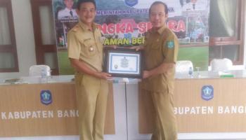 Desa Bukit Layang Raih Juara Satu Lomba Desa Tingkat Kabupaten