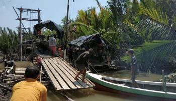 Diduga Bocor, Para Penambang Sembunyi Saat Rombongan Nelayan Datang