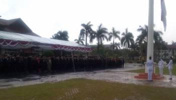 Diguyur Hujan lebat, Upacara Hari Kelahiran Pancasila Berlangsung Khidmat
