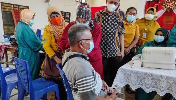 Dinkes Pangkalpinang Lakukan Vaksinasi kepada Pengurus Gereja HKBP