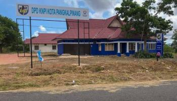 DPD KNPI Pangkalpinang Lakukan Bersih-bersih, Ada Apa Ya?