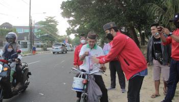 DPD PSI Pangkalpinang Berbagi Takjil Selama Ramadhan