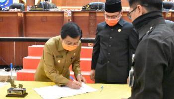 DPRD Babel Setujui Pertanggungjawaban Pelaksanaan APBD Tahun 2019 Gubernur