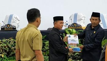 DPRD Bangka Gelar Rapat Paripurna Penyampaian dan Penyerahan LKPJ Bupati Tahun 2019