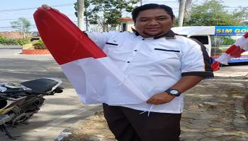 DPRD Kota Pangkal Pinang Ajak Masyarakat Pasang Bendera