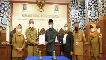 DPRD Laporkan Keputusan LKPJ Wali Kota Pangkalpinang
