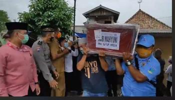 Dua Jenazah Korban Jatuhnya Sriwijaya Air SJ 182 Tiba di Pangkalpinang