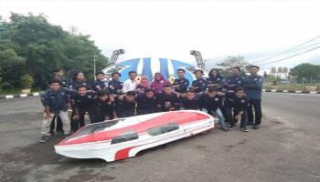 Dua Mobil Hemat Energi UBB Berlaga di Padang