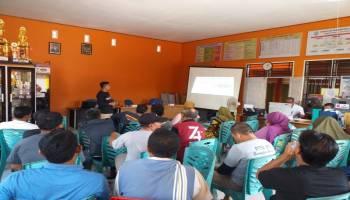 Dukung Pembangunan Desa Berbasis TIK, Kominfo Babel Lakukan Edukasi Literasi Digital