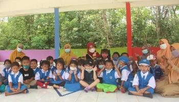 Eva Algafry Curahkan Perhatian untuk Tumbuh Kembang Anak-anak Bateng
