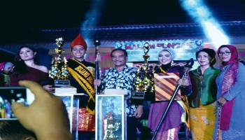 Farras dan Anisya Jabat Bujang Dayang Belitung 2018