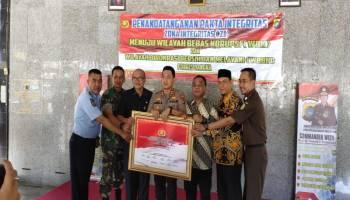 Forkopimda Kabupaten Bangka Sepakat Tanda Tangani Zona Integritas Polres Bangka