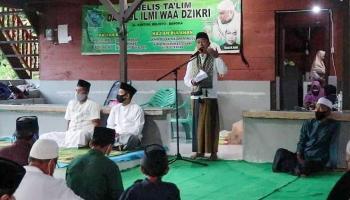 Gelar Safari Ramadan, Bupati Bangka Bagikan Insentif Imam dan Marbot