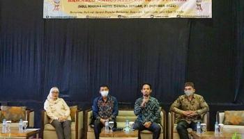 Gelar Sosialisasi PPID, Bawaslu Bangka Tengah Kenalkan Aplikasi Si Madu