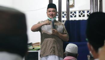 Gubernur Babel Sajadah Fajar di Muntok, Ajak Warga Disiplin Protokes dan Nanam Porang