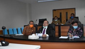 Gubernur Erzaldi Berikan Sertifikat Pada Siswa Dengan Keahlian