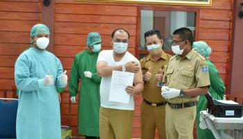 Gubernur Erzaldi Bersama Forkopimda Babel Disuntik Vaksin Covid-19 Dosis Kedua