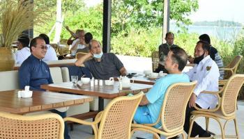 Gubernur Erzaldi Diskusi Santai Bersama Menteri Suharso