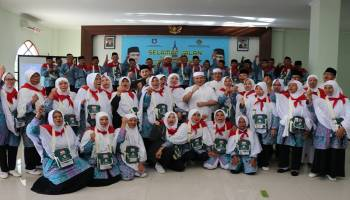 Gubernur Erzaldi Lepas 135 Jemaah Calon Haji asal Kabupaten Bangka