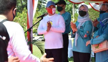 Gubernur Erzaldi Lepas Gebrak Masker 2.300