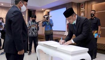Gubernur Erzaldi Melantik Pimpinan Baznas Babel Periode 2020-2025