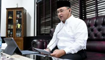 Gubernur Erzaldi Motivasi Mahasiswa UBB Agar Mampu Hadapi Tantangan