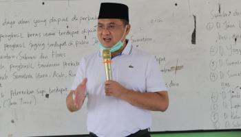 Gubernur Erzaldi Serahkan Bantuan Produk Holtikultura untuk Panti Asuhan