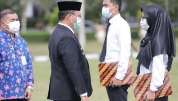 Gubernur Erzaldi Serahkan SK CPNS Provinsi Babel Formasi 2019