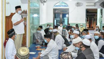 Gubernur Erzaldi Silaturahmi dan Ibadah Bersama Masyarakat Kacang Pedang