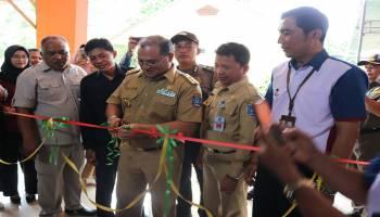Gubernur Resmikan Berkah Mart Desa Payung